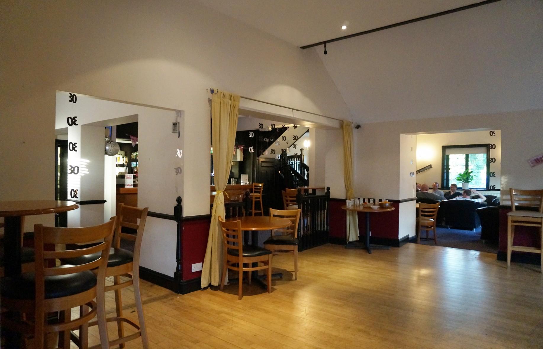 Bar lounge dallington gym